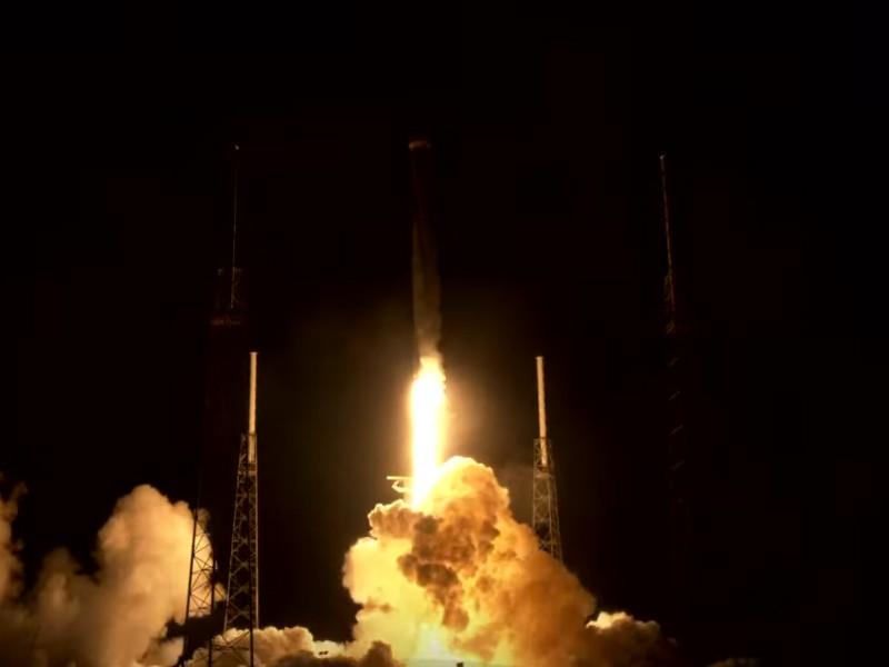 SpaceX запустила восьмую партию из 60 спутников системы глобального доступа к интернету Starlink