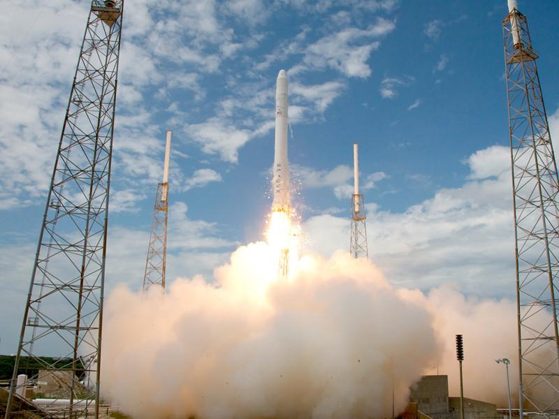 Успешный запуск созданной компанией SpaceX ракеты-носителя Falcon 9 в ночь на 4 июня стал 86-м по счету для этой ракеты и практически совпал с десятилетием со дня первого полета этой ракеты. Об этом компания Илона Маска напомнила в своем микроблоге в Twitter