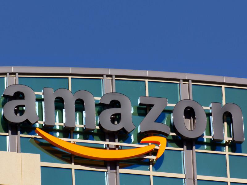 Власти США одобрили запуск 3,2 тыс. аппаратов будущей системы спутникового интернета Amazon