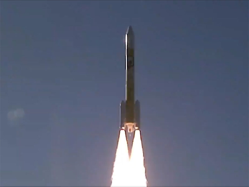 """В ночь на 20 мая Объединенные Арабские Эмираты (ОАЭ) запустили к Марсу первый в истории страны и всего арабского мира межпланетный космический аппарат. Этот исследовательский зонд получил название Hope (""""Надежда"""")"""