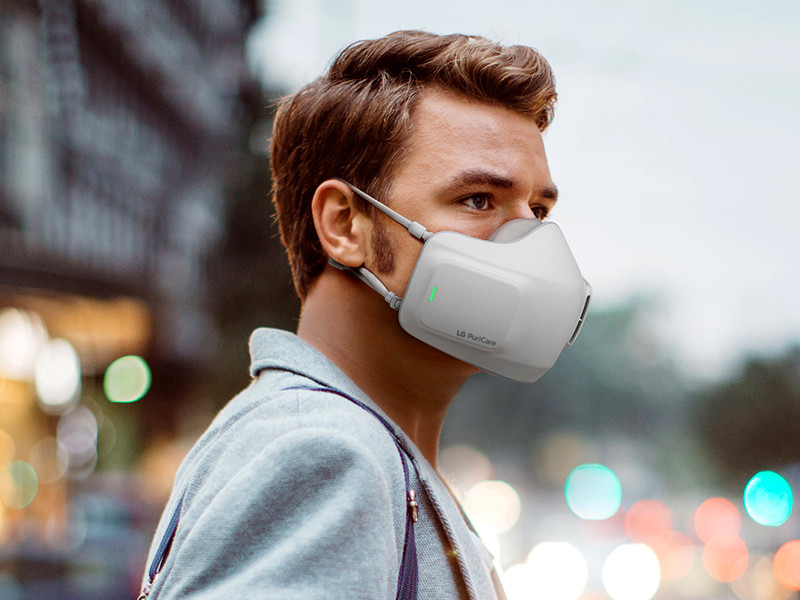 LG анонсировала лицевую маску со встроенным очистителем воздуха