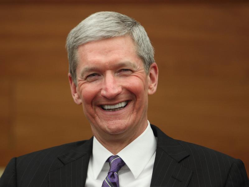 Состояние главы компании Apple Тима Кука впервые превысило 1 млрд долларов на фоне роста стоимости акций Apple