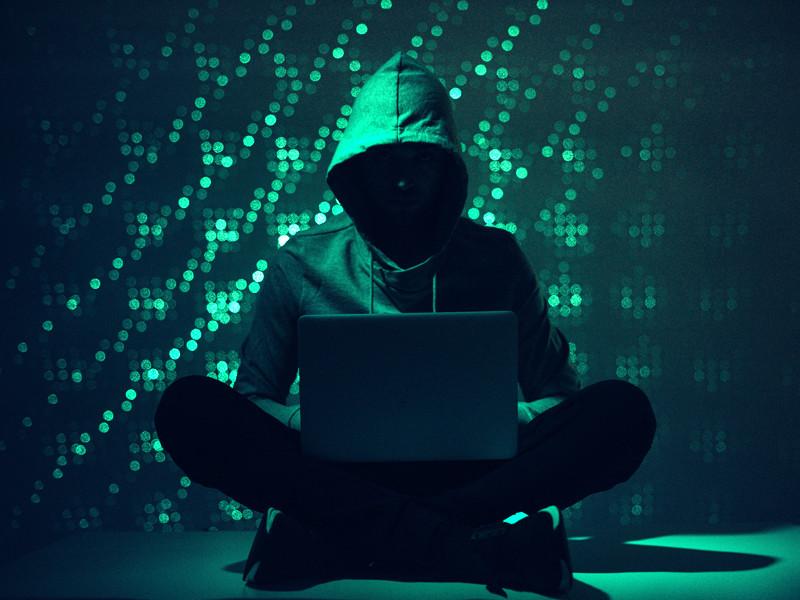 Компания Microsoft возложила на Россию ответственность за более чем половину санкционированных на государственном уровне кибератак, из числа зафиксированных специалистами Microsoft с июля 2019-го по июнь 2020 года