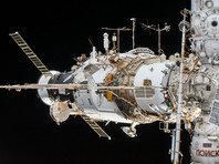 Место утечки воздуха на МКС попробуют обнаружить при помощи конфетти