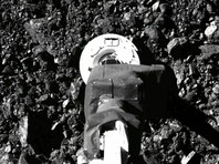 Зонд OSIRIS-REx прислал на Землю ВИДЕО взятия образцов грунта с астероида Бенну