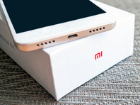 Смартфоны Xiaomi вышли на второе место по продажам в России из-за санкций США в отношении Huawei