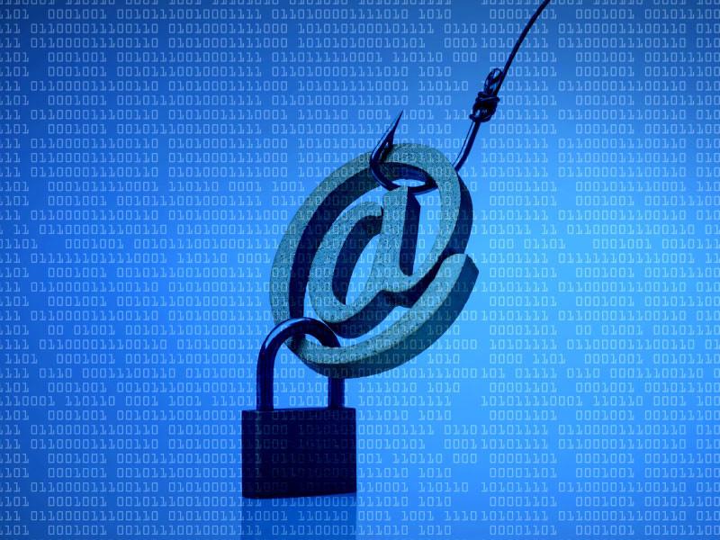 Число фишинговых атак на электронную почту сотрудников российских банков в последнее время выросло