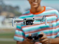DJI представила компактный дрон Mini 2, способный снимать 4K-видео