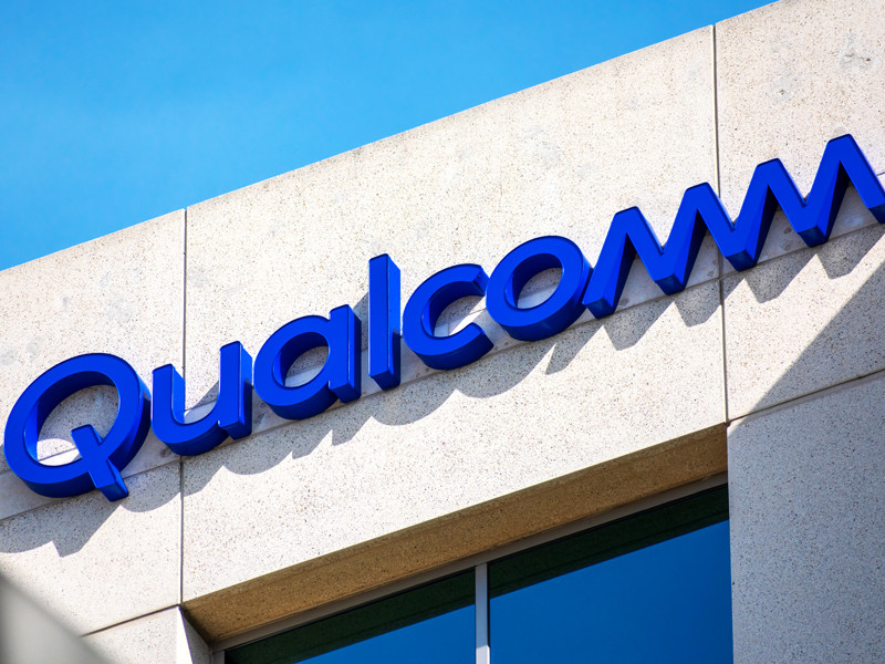 Власти США разрешили компании Qualcomm поставлять чипы китайской Huawei
