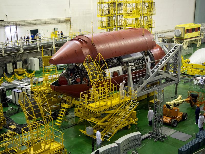 """Новый российский лабораторный модуль """"Наука"""" планируется запустить на орбиту в апреле 2021 года, а следующее """"окно"""" для его отправки к МКС откроется в июле"""