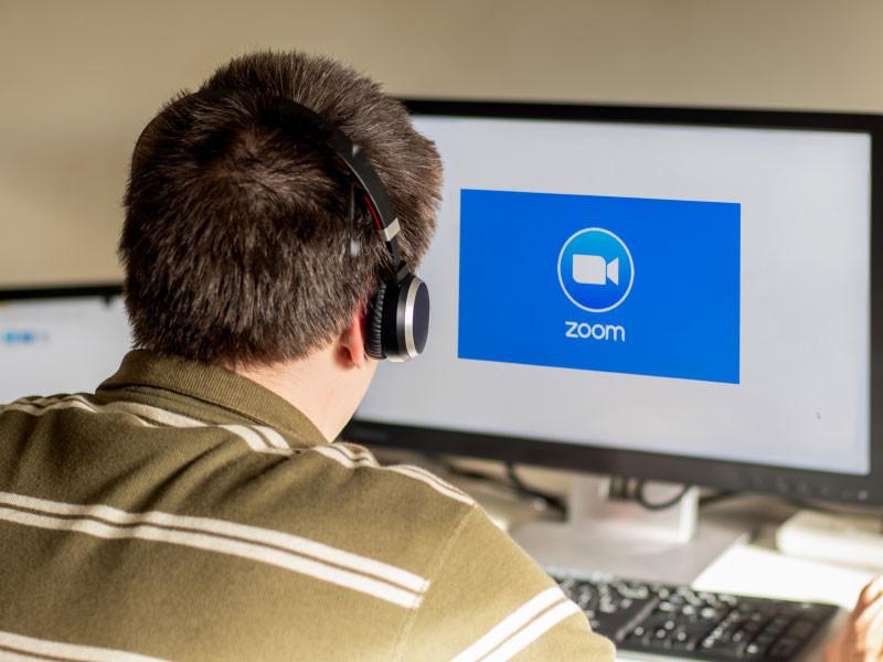 Сервис видеоконференций Zoom отчитался о четырехкратном росте выручки второй квартал подряд