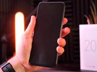 Первый серийный смартфон с подэкранной фронтальной камерой разочаровал журналистов