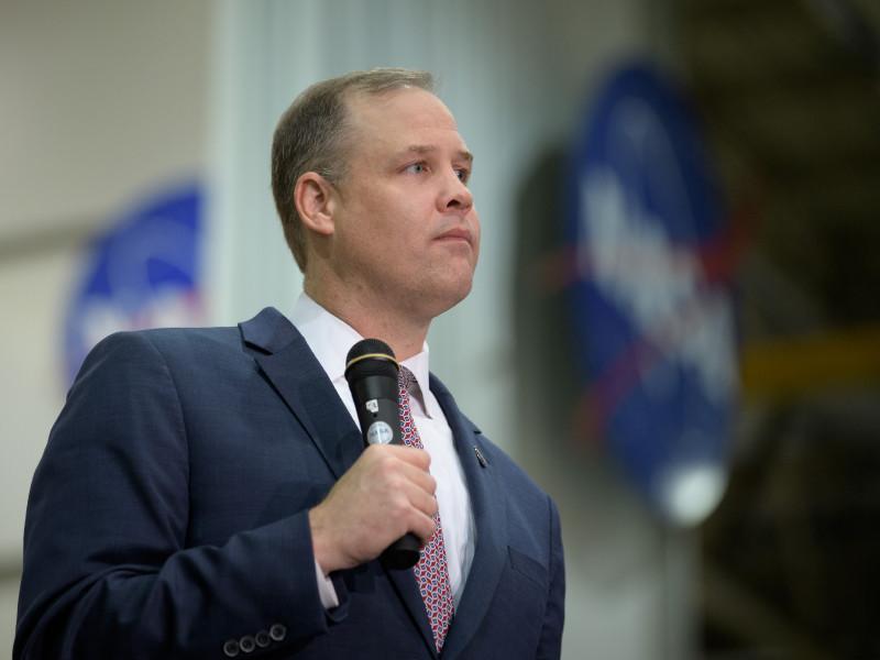20 января глава NASA Джим Брайденстайн покинул свой пост в связи с официальным вступлением в должность нового президента США Джо Байдена