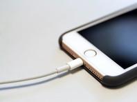 Российские продажи зарядных устройств Apple выросли в шесть раз после отказа компании комплектовать ими новые iPhone