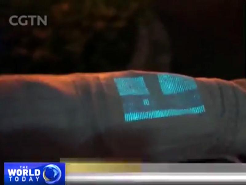 Ученые создали ткань, которая может превратить одежду в дисплей