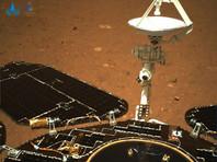 """Китайский марсоход """"Чжужун"""" прислал на Землю первые ФОТО после успешной посадки"""