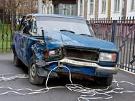 Сейчас решения о наказаниях за брошенный автохлам могут принимать власти регионов, но на практике старые автомобили годами стоят во дворах