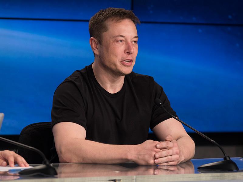 Илон Маск получил акции Tesla на 706 млн долларов в качестве премии за руководство компанией