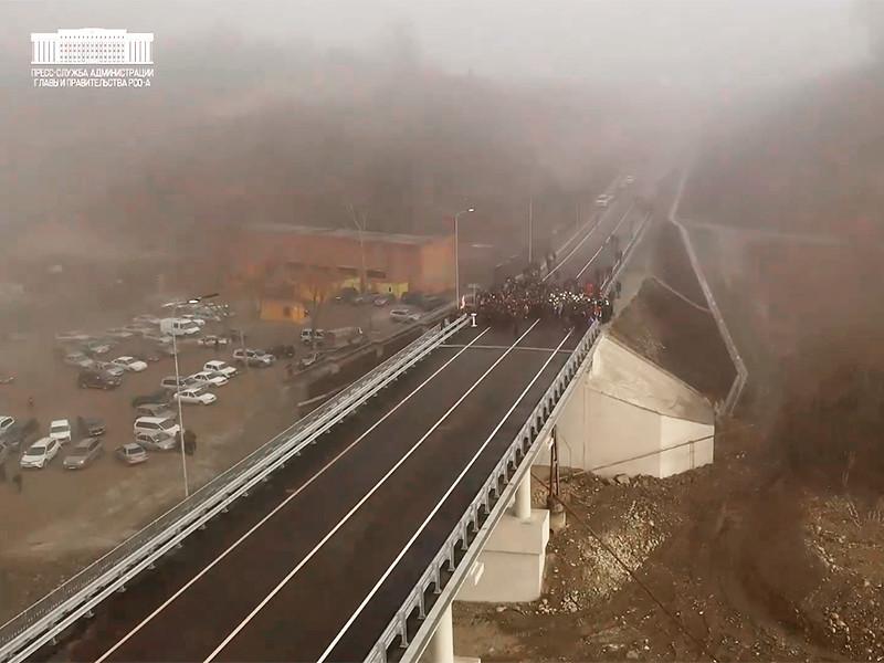 В Северной Осетии треснул новый мост в селе Хазнидон