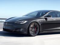 Изначально запас хода этой модификации Tesla Model S в EPA оценили в 391 милю (629 километров), и эта оценка стала причиной конфликта между ведомством и компанией - в Tesla заявляли, что специалисты EPA допустили ошибки при тестировании, что привело к потере 2% заряда батареи машины и не позволило преодолеть рекордную отметку в 400 миль