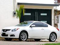 Nissan отзывает в США почти 2 млн машин. У них может открыться капот на ходу