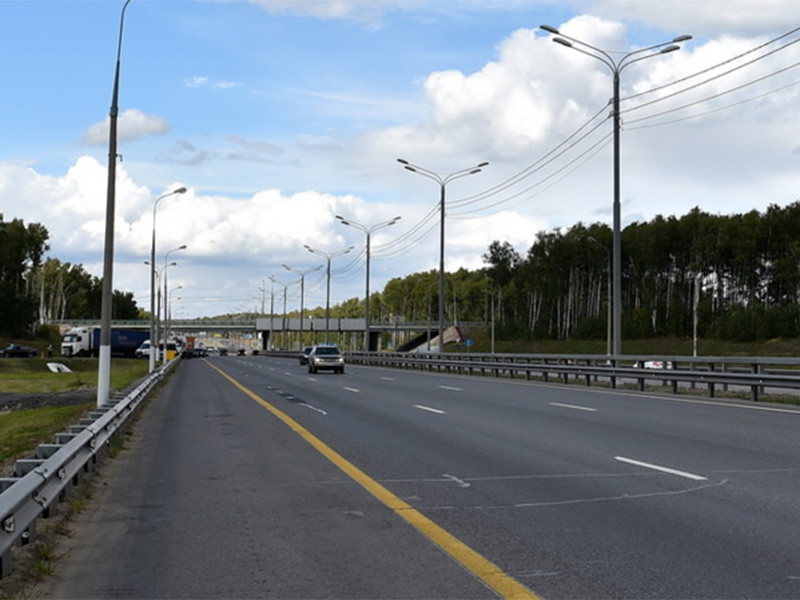 29 июня в Московской области открылось движение по новому 23-километровому участку Центральной кольцевой автодороги (ЦКАД) от Можайского до Новорижского шоссе (пятый пусковой комплекс ЦКАД)