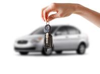 По итогам июня продажи машин в России упали почти на 15%