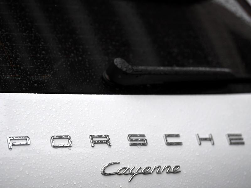Porsche отзывает в России почти 700 автомобилей Cayenne