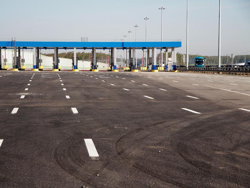 Правительство может разрешить езду по платным трассам со скоростью до 150 километров в час