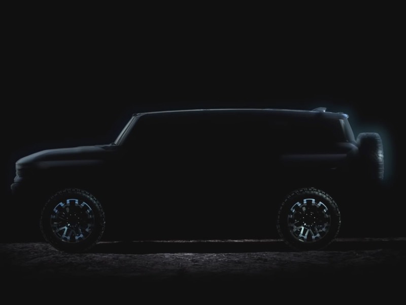 GMC показала первое ВИДЕО будущего электрического внедорожника Hummer
