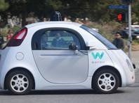 Левандовски работал в компании Waymo, которая занимается разработкой беспилотных машин, с 2009 по 2016 год. В марте 2017 года Waymo подала иск в суд, потребовав от Uber прекратить разработку автономных автомобилей, поскольку в них используются украденные у Google технологии
