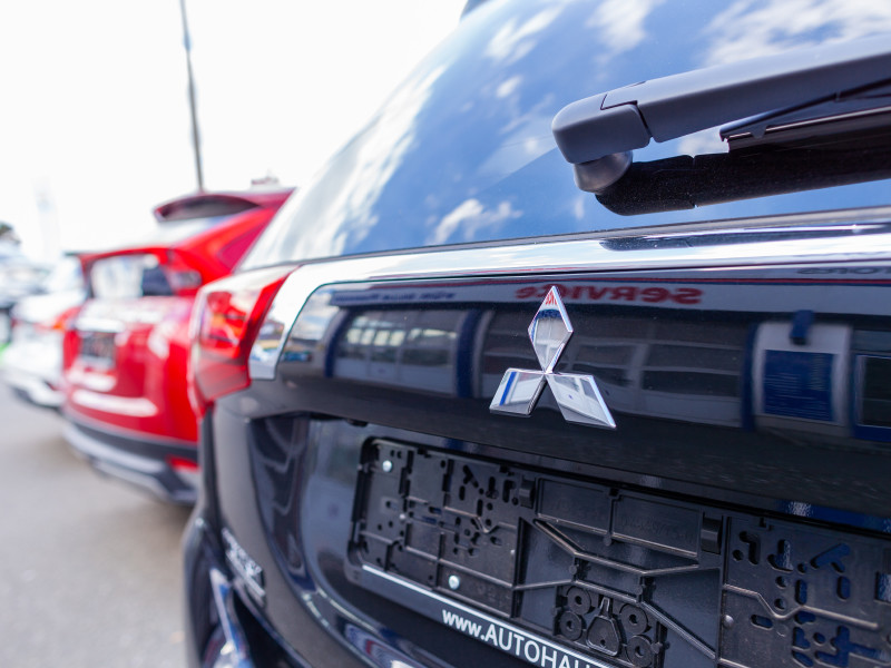 Mitsubishi прекратит поставки кроссоверов в Европу