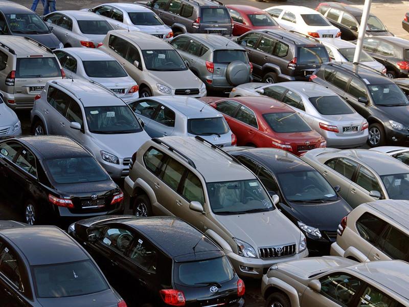 Июльский рост российского авторынка почти на 7% обернулся дефицитом многих автомобилей у дилеров