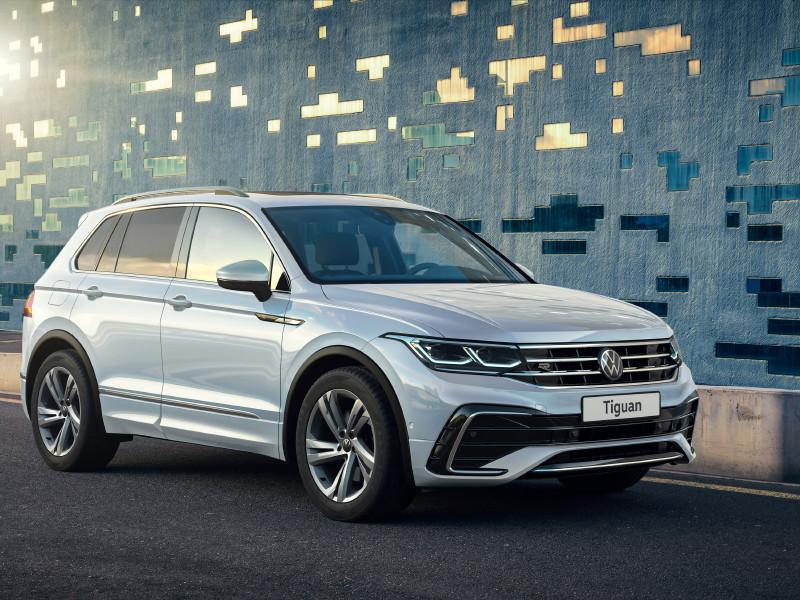 Volkswagen представила в России обновленный кроссовер Tiguan