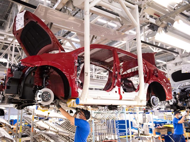 В России началось производство обновленного седана Kia Rio