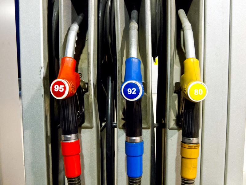 Из-за нового ГОСТа для бензоколонок в России может закрыться треть АЗС