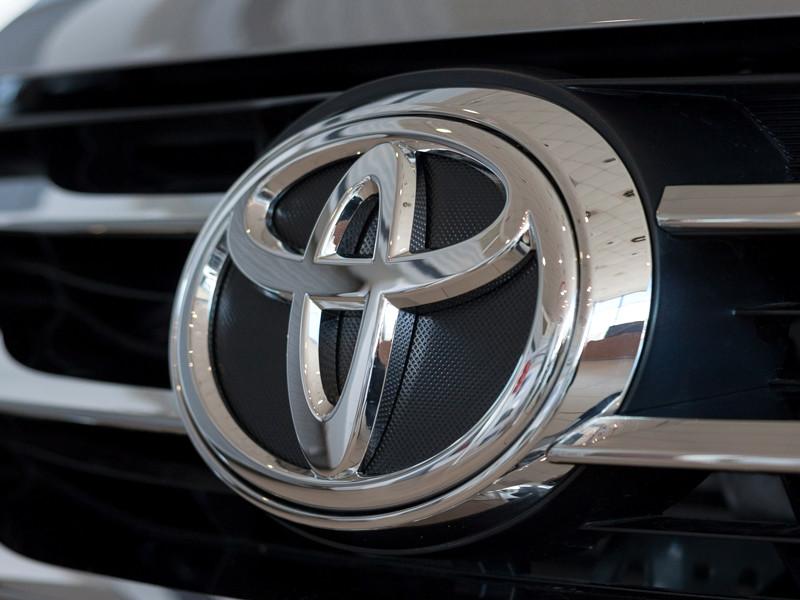 В России отзывают почти 70 тыс. автомобилей Toyota и Lexus
