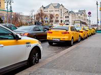 Главы Москвы и Санкт-Петербурга попросили правительство ужесточить правила работы иностранцев в такси