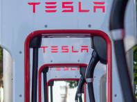 Tesla отзывает в США более 9,5 тыс. электромобилей Model X и Model Y