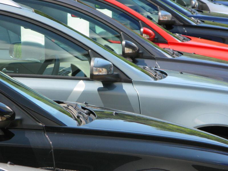 Российский рынок автомобилей вырос на 7%
