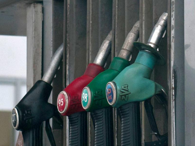 В Росстандарте подвели итоги проверок качества топлива на АЗС в 2020 году