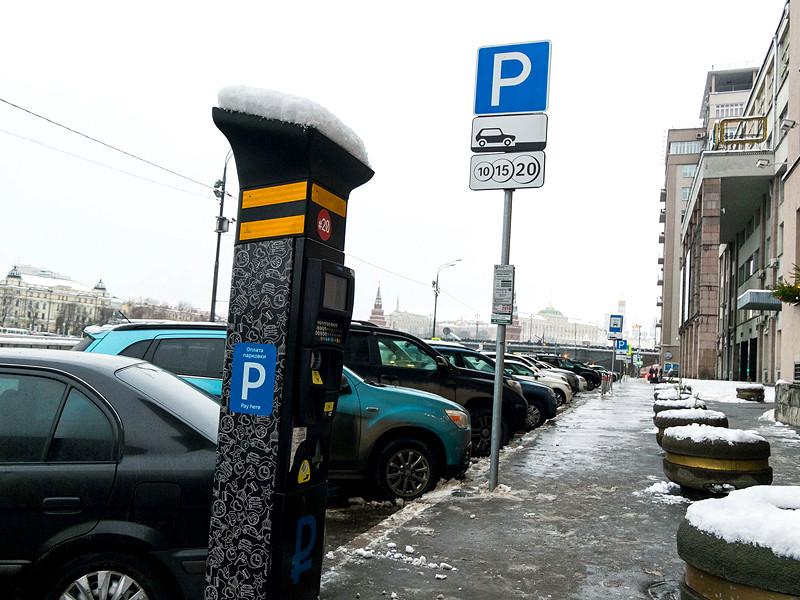 Столичные власти продлят разрешения на бесплатную парковку для врачей в 2021 году