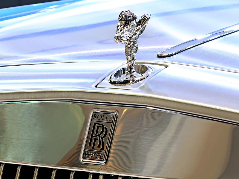 В компании Rolls-Royce объявили о рекордных продажах в России второй год подряд