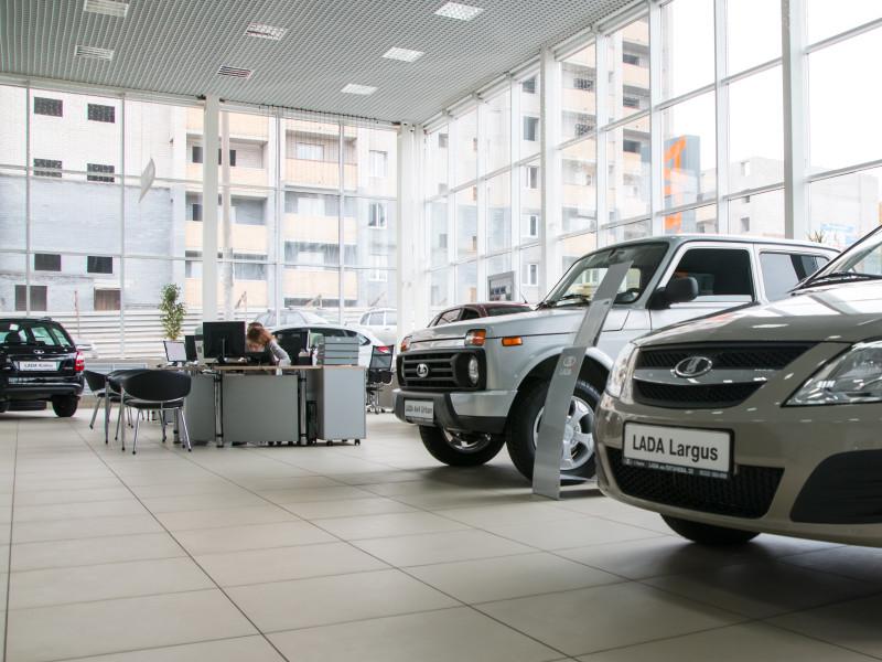 "Продажи ""АвтоВАЗа"" по итогам 2020 года упали на 5%"