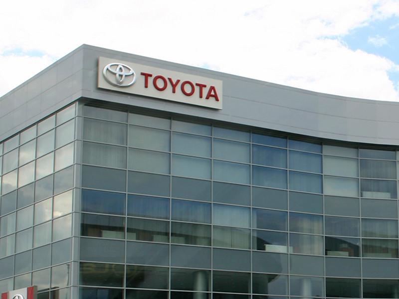 Toyota отзывает в России 3,4 тыс машин из-за проблем с тормозами