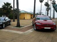 Tesla отзовет более 134 тыс. машин с неисправными сенсорными экранами