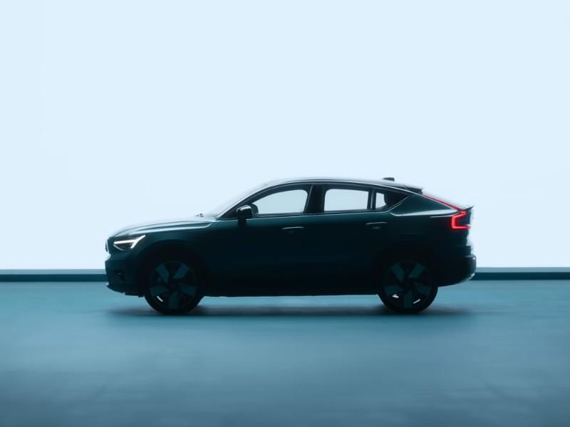 Компания Volvo представила электрическое кросс-купе C40 Recharge (ВИДЕО)
