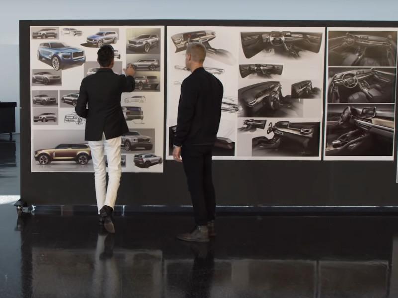 Южнокорейская компания Kia рассекретила облик нового электрокара EV6, созданного в рамках новой дизайн-концепцией Opposites United