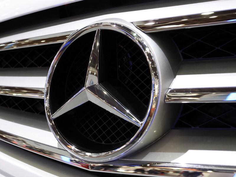 Mercedes-Benz отзывает свыше 264 тыс. автомобилей по всему миру из-за угрозы возгорания