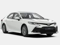 В России начались продажи обновленного седана Toyota Camry